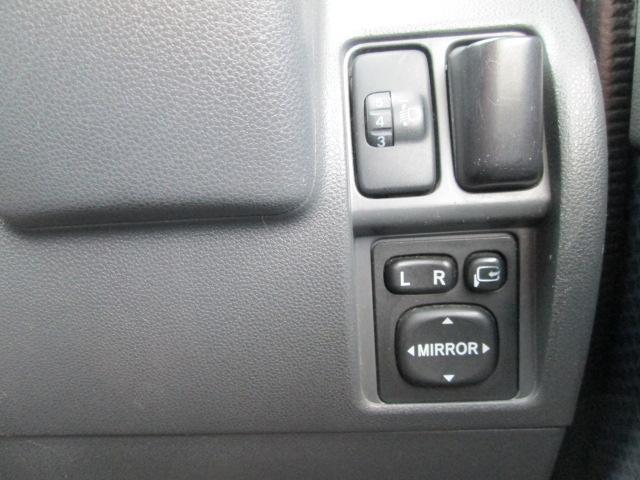 クルーズ 4WD キーレス CD 社外13AW パールホワイト 電動格納ミラー(9枚目)