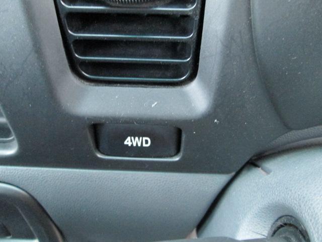 クルーズ 4WD キーレス CD 社外13AW パールホワイト 電動格納ミラー(11枚目)