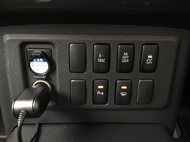 オフロードパッケージ 4WD リフトアップ ルーフラック(18枚目)