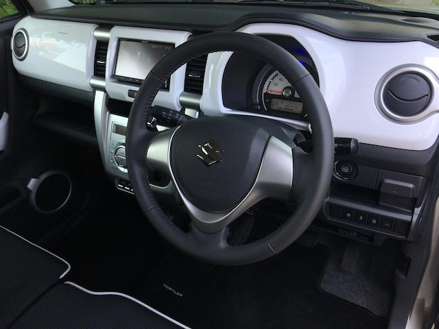 ★グレード、オプション、カラーリングなど多様な種類のお車を揃えております。見比べながらご覧頂けます★