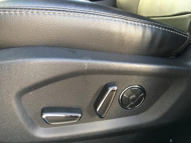 「フォード」「フォード エクスプローラー」「SUV・クロカン」「宮城県」の中古車49