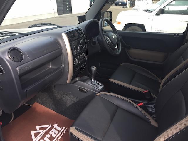 ランドベンチャー K3プレミアム2.5インチリフトUP&前後ショートバンパー&スキッドプレート&マフラー&サイドステップ ジオランダーM/T クオーレモジュレ合皮シート 前席シートヒーター 切替4WD CDオーディオ(16枚目)