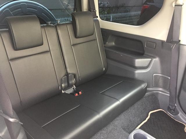 ランドベンチャー K3プレミアム2.5インチリフトUP&前後ショートバンパー&スキッドプレート&マフラー&サイドステップ ジオランダーM/T クオーレモジュレ合皮シート 前席シートヒーター 切替4WD CDオーディオ(18枚目)