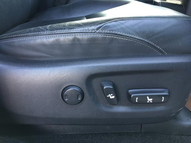 TX Lパッケージ 新品MKW20インチAW 新品レーダーレネゲードR/T 黒本革シート 前席シートヒーター&ベンチレーション 前席パワーシート SDナビ ワンセグ Bカメラ TSS クルコン ETC LEDヘッドライト(15枚目)