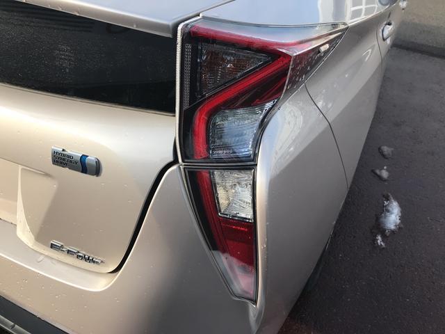 「トヨタ」「プリウス」「セダン」「福島県」の中古車28