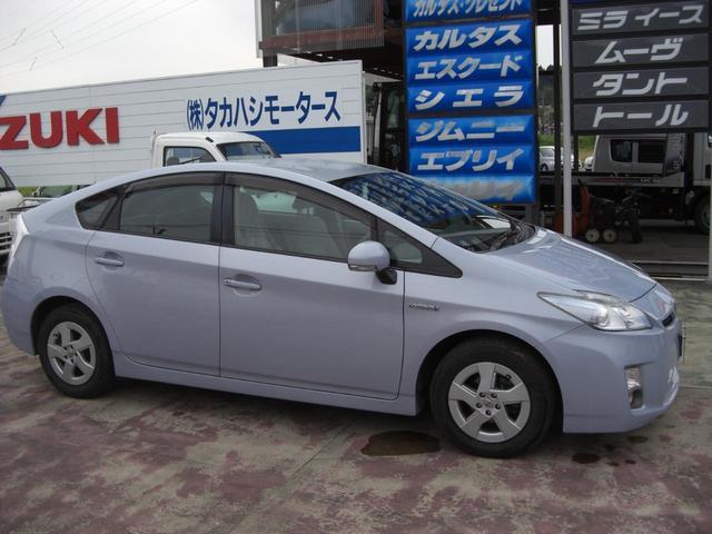 「トヨタ」「プリウス」「セダン」「秋田県」の中古車5