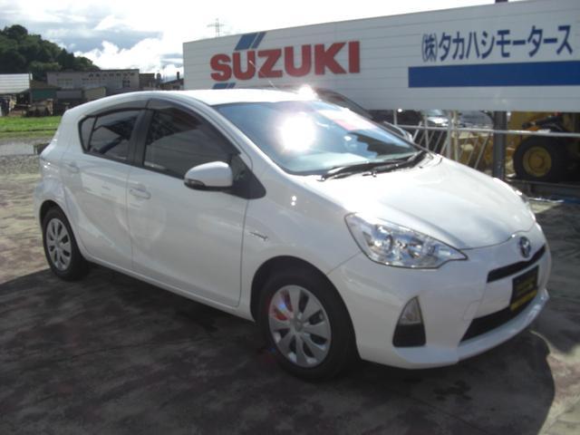 「トヨタ」「アクア」「コンパクトカー」「秋田県」の中古車4