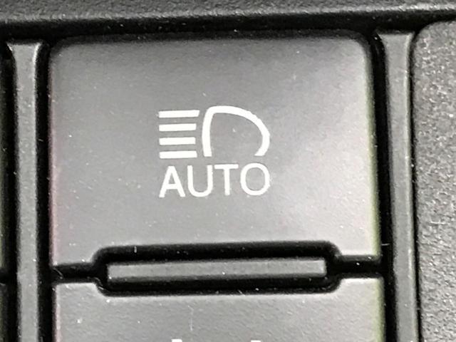 G クエロ SDナビ セーフティセンス 両側電動ドア オートハイビーム アイドリングストップ バックカメラ LEDヘッド 禁煙車 スマートキー プッシュスタート ドラレコ 横滑り防止 ハーフレザーシート(10枚目)