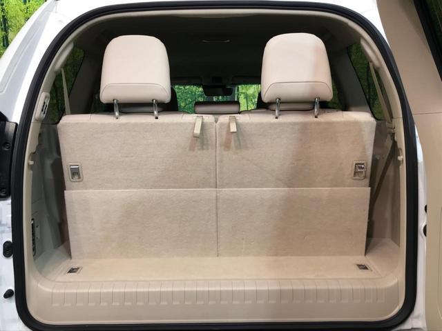 TX Lパッケージ 4WD 純正9型ナビ 7人乗 セーフティセンス ベンチレーター パワーシート オートハイビーム LEDヘッド バックカメラ スマートキー プッシュスタート 純正17AW ビルトインETC 禁煙車(13枚目)