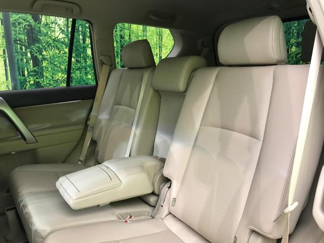 TX Lパッケージ 4WD 純正9型ナビ 7人乗 セーフティセンス ベンチレーター パワーシート オートハイビーム LEDヘッド バックカメラ スマートキー プッシュスタート 純正17AW ビルトインETC 禁煙車(22枚目)