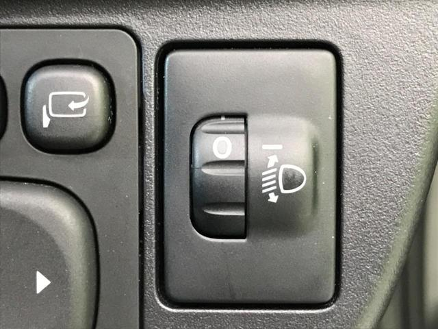 S 禁煙車 純正SDナビ バックモニター スマートキー ETC ステアリングスイッチ フォグライト HIDヘッドライト オートエアコン bluetooth再生(31枚目)