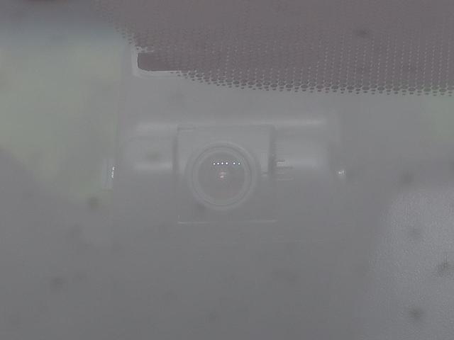 ハイブリッドZ 純正インターナビ あんしんパッケージ コンフォートビューPKG 衝突被害軽減装置 ルーフレール 前席シートヒーター バックカメラ クルコン LEDヘッド bluetooth ETC スマートキー 禁煙(62枚目)