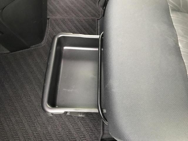 カスタムG 純正9型ナビ 両側電動ドア トヨタセーフティセンス 前席シートヒーター アイドリングストップ バックカメラ クルーズコントロール LEDヘッド クリアランスソナー ETC 純正14AW オートライト(24枚目)