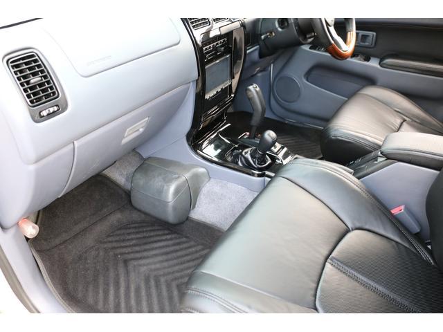 SSR-X ワイド 4WD 27000cc RAPTOR施工コンプリート 新品2インチリフトアップ 新品BFGOODRICHタイヤ&ホイール5本SET 西日本仕入れ 新品横文字グリル(33枚目)