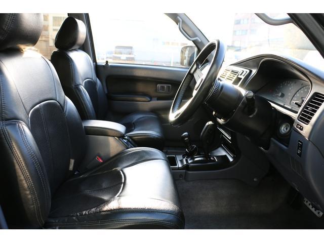 SSR-X ワイド リフトアップ 新品クリスタルヘッドライト 新品ウインカー 新品TOYOTAグリル マッドブラックペイントホイール 新品タイヤ 外装ポリマーコーティング施工 足廻り油性シャーシコート 西日本仕入(20枚目)
