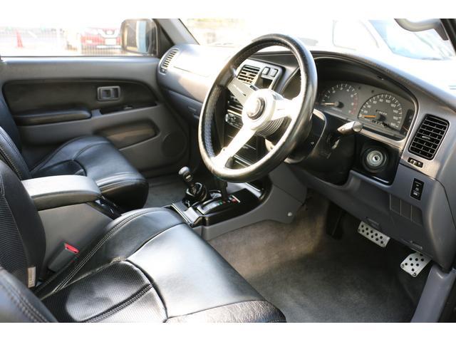SSR-X ワイド リフトアップ 新品クリスタルヘッドライト 新品ウインカー 新品TOYOTAグリル マッドブラックペイントホイール 新品タイヤ 外装ポリマーコーティング施工 足廻り油性シャーシコート 西日本仕入(21枚目)
