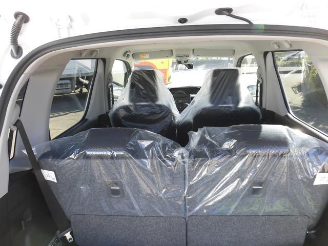 当社展示車両の為、全てのシートにシートカバーが取りついたままとなっております。