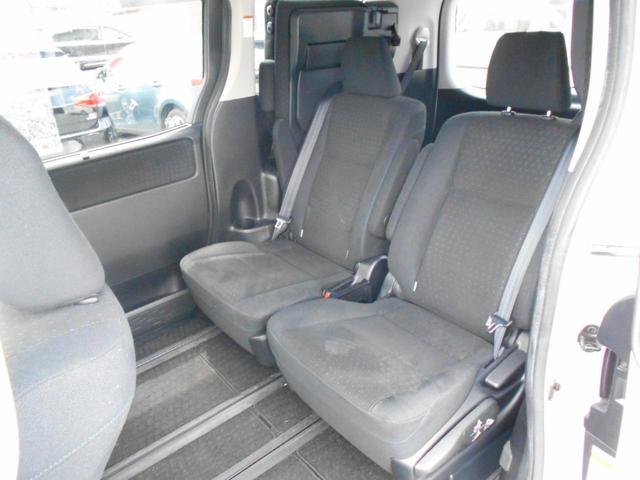 「トヨタ」「ヴォクシー」「ミニバン・ワンボックス」「岩手県」の中古車32