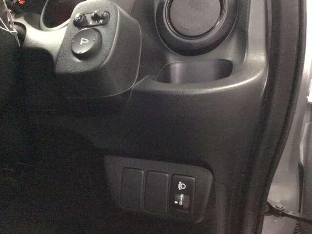 13G・スマートセレクション リヤカメラ メモリナビ ナビ キーレス ABS 盗難防止 インテリキー オートエアコン ETC付き エアバッグ 両席エアバック(12枚目)