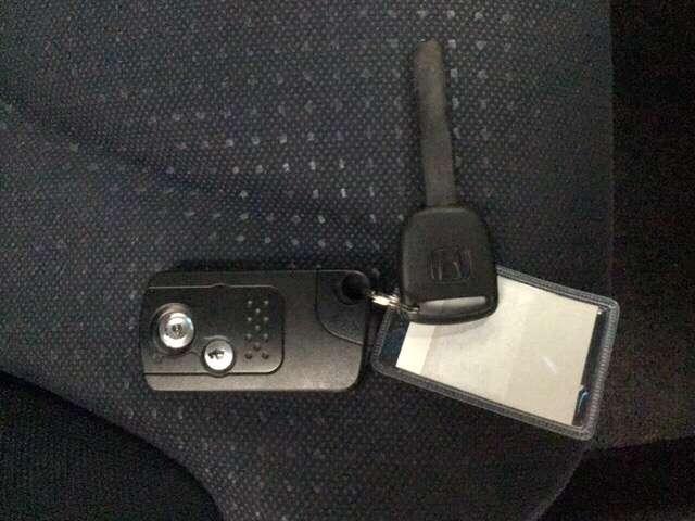 13G・スマートセレクション リヤカメラ メモリナビ ナビ キーレス ABS 盗難防止 インテリキー オートエアコン ETC付き エアバッグ 両席エアバック(14枚目)