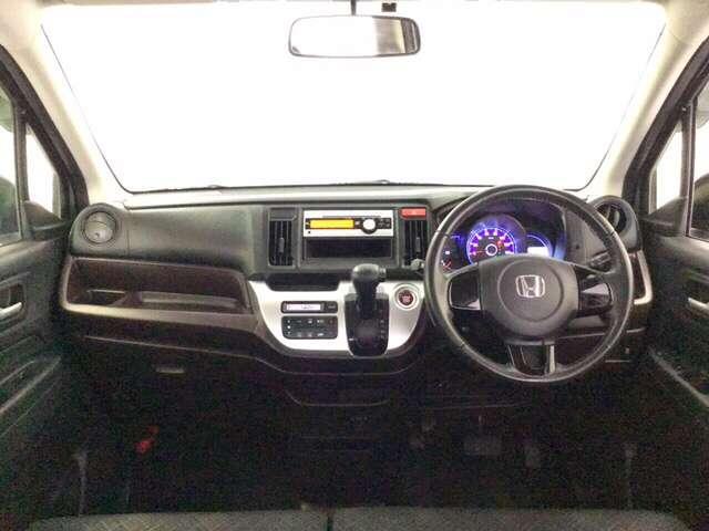 G 横滑り防止機能 エアバック AW キーフリ ABS オートエアコン ETC CD HID パワーウインドウ パワステ Wエアバック エコモード スマートキープッシュスタート セキュリティアラーム(7枚目)