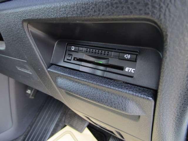 ハイブリッドX メモリーナビ バックカメラ 左側電動スライドドア ETC スマートキー 15インチアルミ LEDヘッドライト 3列シート 7人乗り ABS エアバッグ(14枚目)