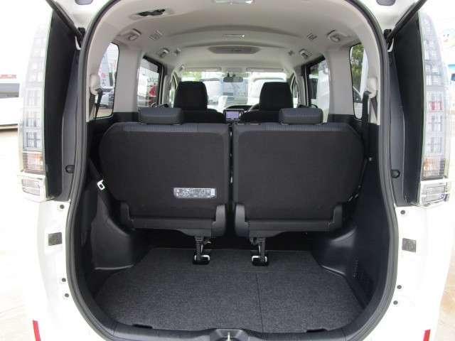 ハイブリッドX メモリーナビ バックカメラ 左側電動スライドドア ETC スマートキー 15インチアルミ LEDヘッドライト 3列シート 7人乗り ABS エアバッグ(17枚目)