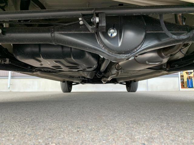 ハイブリッドFX 4WD キーレス 電動格納ミラー イモビライザー 横滑り防止 センターメーター アイドリングストップ オートライト・オートエアコン 盗難防止システム 運転席助手席シートヒーター 純正オーディオ付き(15枚目)