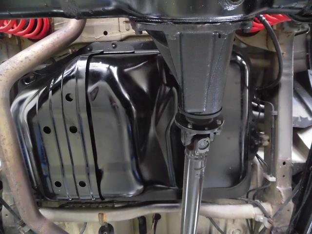 クロスアドベンチャーXC サロモン 4WD 5MT リフトアップ ABS ナビ フルセグTV Bluetooth接続 CD DVD ETC ルーフキャリア インタークーラーターボ パートタイム4WD高低二段切替式(39枚目)