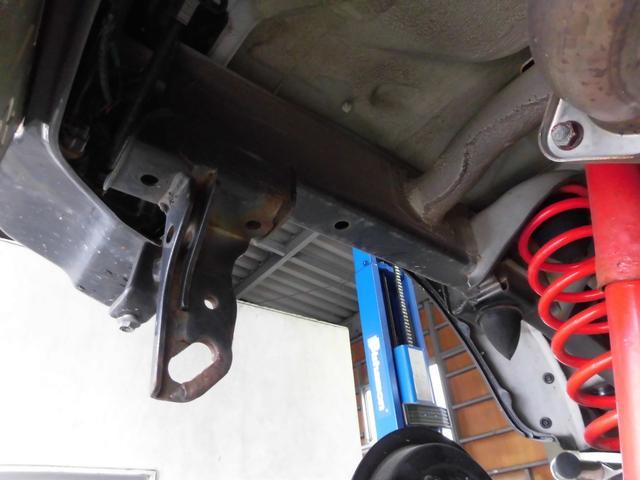 クロスアドベンチャーXC サロモン 4WD 5MT リフトアップ ABS ナビ フルセグTV Bluetooth接続 CD DVD ETC ルーフキャリア インタークーラーターボ パートタイム4WD高低二段切替式(52枚目)