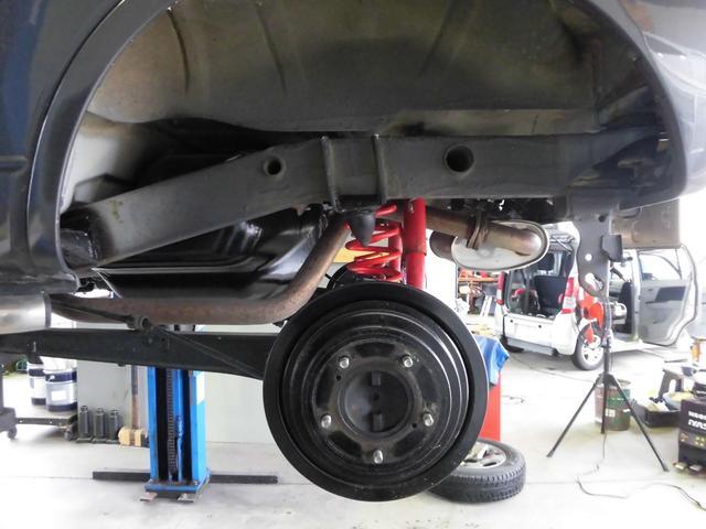クロスアドベンチャーXC サロモン 4WD 5MT リフトアップ ABS ナビ フルセグTV Bluetooth接続 CD DVD ETC ルーフキャリア インタークーラーターボ パートタイム4WD高低二段切替式(61枚目)