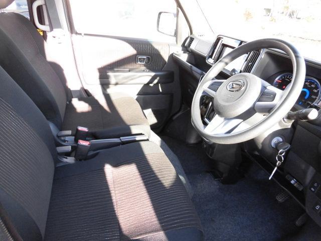 カスタムターボRSリミテッド SAIII 4WD 衝突被害軽減ブレーキ パワースライドドア LEDヘッドライト フルセグ DVD再生(7枚目)