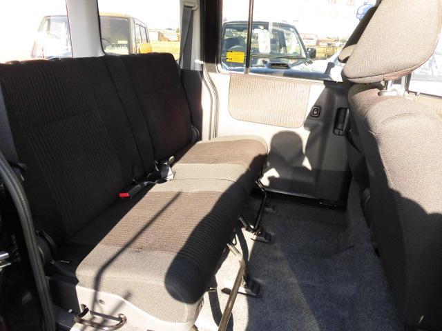 カスタムターボRSリミテッド SAIII 4WD 衝突被害軽減ブレーキ パワースライドドア LEDヘッドライト フルセグ DVD再生(9枚目)