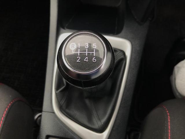 RS 6MT 純正オーディオ ETC キーレスキー スペアキー ワンオーナー 保証書 取説 スタッドレスタイヤ積込み(7枚目)