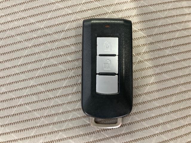 X ナビ フルセグ Bluetooth アラウンドビューモニター 衝突被害軽減装置 アイドリングストップ ETC プッシュスタート スマートキー 電動ミラー 取説 保証書(7枚目)