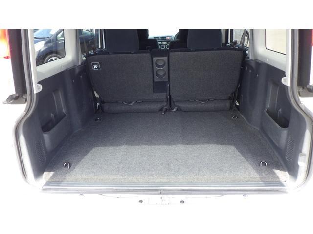 ターボ ターボSパッケージ 4WD CDオーディオ 両側スライドドアドア 13インチ純正アルミホイール(20枚目)