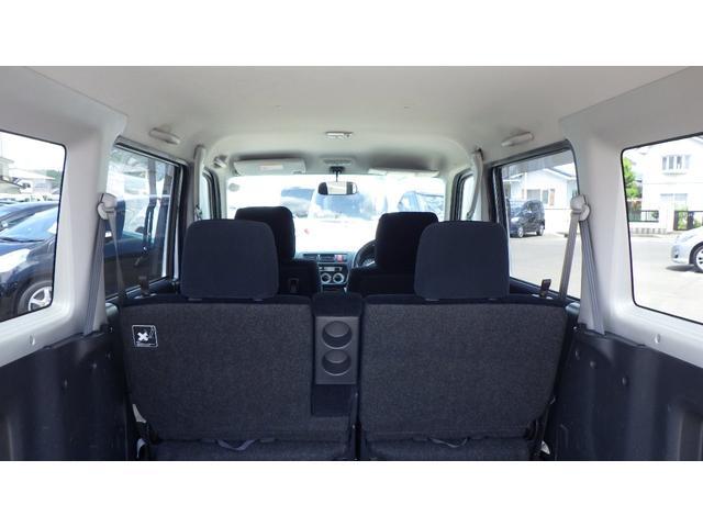 ターボ ターボSパッケージ 4WD CDオーディオ 両側スライドドアドア 13インチ純正アルミホイール(21枚目)