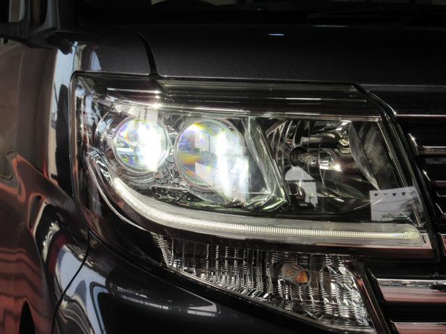 カスタムX トップエディションリミテッドSAIII 4WD 純正ナビ フルセグ Bluetooth 衝突被害軽減ブレーキ パノラマモニター LEDヘッドライト 両側パワースライドドア シートヒーター(20枚目)