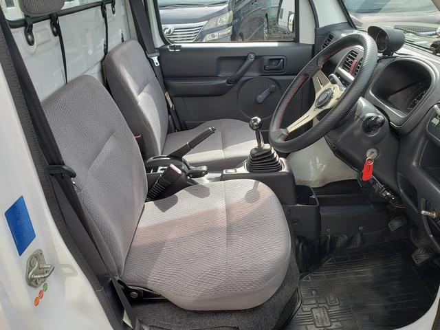 KCエアコン・パワステ 4WD 誕生50年記念車 KCリミテッド 4インチリフトアップ 15インチアルミ オープンカントリー 社外ステアリング 社外シフトノブ 社外テールレンズ 高低2段切替式 大型LEDライト アゲトラ(21枚目)