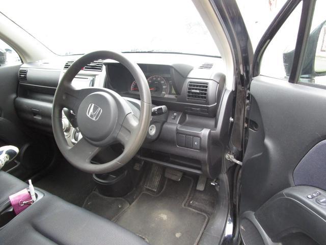 スポーツG 4WD 社外オーディオ オートエアコン(15枚目)