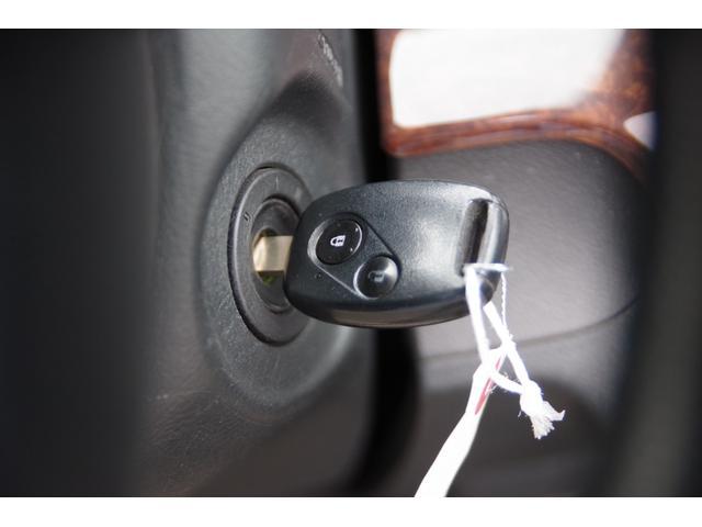 24S ETC HID ベンチシート ミュージックプレイヤー接続可 CD アルミホイール キーレスエントリー AT 盗難防止システム 衝突安全ボディ ABS エアコン(9枚目)