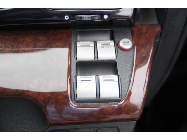 24S ETC HID ベンチシート ミュージックプレイヤー接続可 CD アルミホイール キーレスエントリー AT 盗難防止システム 衝突安全ボディ ABS エアコン(11枚目)