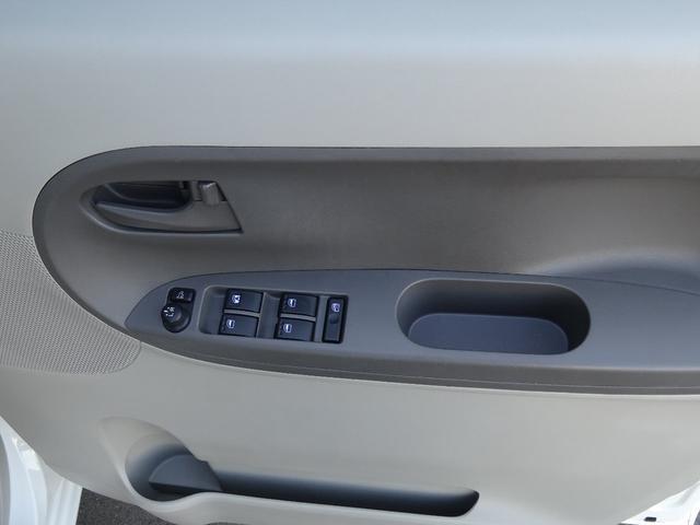 L 4WD ナビ ETC USBAUX端子 横滑り防止装置(10枚目)