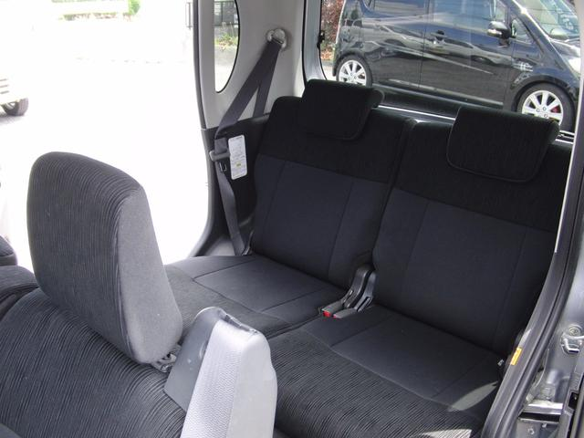 ダイハツ タント カスタムL 4WD アイドリングストップ スライドドア