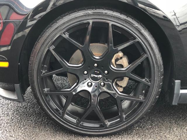 フォード フォード マスタング V6プレミアム ワンオーナー 茶革 ジオバンナ22インチ
