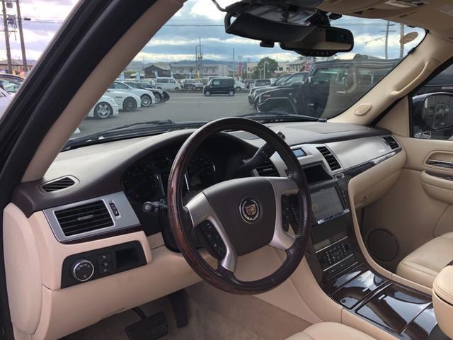 キャデラック キャデラック エスカレード 4WDクライメイトPKG LEXANI26インチ 新車並行