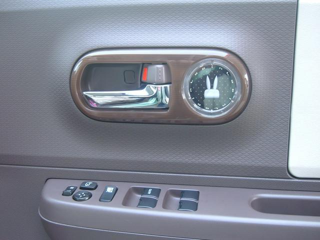 スズキ アルトラパンショコラ X 4WD ツートン