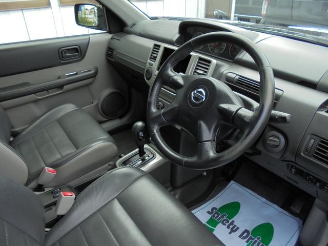 日産 エクストレイル Xtt 4WD カブロンシート インテリキー シートヒーター