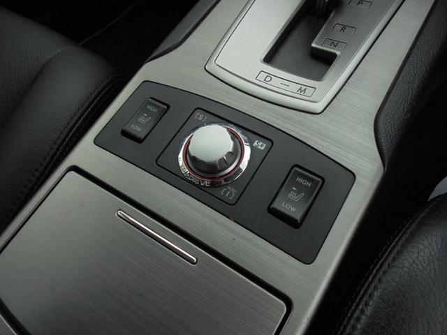 前席シートヒーター付き!走りのモードを変えられるSI-DRIVE♪