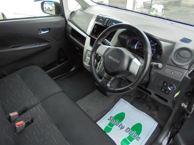 カスタム RS SA ターボ プッシュスタート スマートキー  スマートアシスト HID フォグ オートエアコン モモハンドル エアロ(9枚目)